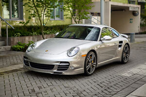 2011 Porsche 911 Turbo S Coupe (2 door)
