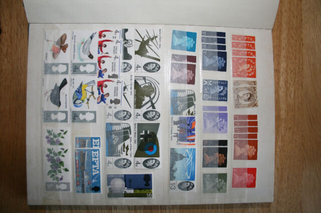 1000+ Stamps both Mint and Used Worldwide