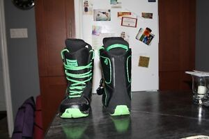 SNOWBOARD BOOTS!!!