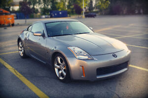 Nissan 350Z 05 35th Anniversary w/black seats