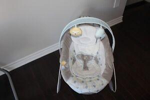 Siège sauteur ingenuity pour bébé