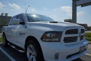 2013 Dodge Ram Sport Crew Cab 5.7L V8 Hemi 4x4 Leather Loaded