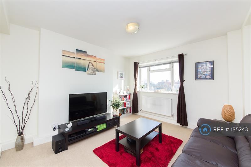 2 bedroom flat in Goldhawk Road, London, W12 (2 bed)