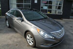 2012 Hyundai Sonata LIMITED EDITION, PANORAMIC ROOF, ONE OWNER,