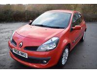 Renault Clio Dynamique 1.4 16V (red) 2006