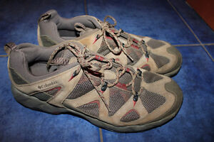 Columbia Hiking Shoes size 14 ALMOST NEW