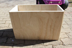 Matching stone coffee table and end table London Ontario image 3