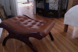 Leather Vintage Mahogany Bench