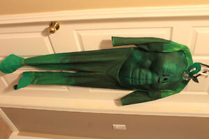Dix Muscle Chest Green Lantern boys costume size 10