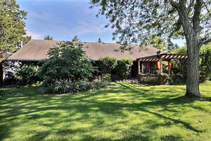 Beautiful country home,SOLD WITH NO REAL ESTATE AGENTS! London Ontario image 9