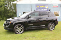 """2015 Jeep Compass Limited 4x4 - Heated Leather, 18"""" Alloy Wheels"""