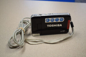 Toshiba Camileo S30 Full HD Camcorder w/ USB Charger Cord (#211)