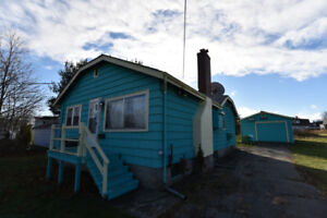 GREAT 3 BEDROOM HOUSE FOR RENT IN CALEDONIA!