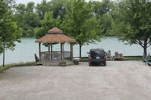 Large MARINA for sale in Ontario London Ontario image 4