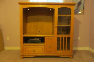 Attractive TV Cabinet