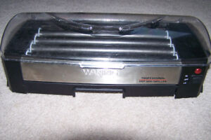 Waring Pro HDG150 Professional Hot Dog Griller Only $40 Call 306