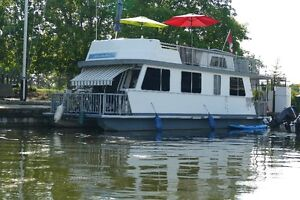 Houseboat for sale TURN KEY