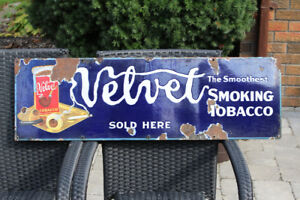 1920'S PORCELAIN VELVET SMOKING TOBACCO SIGN