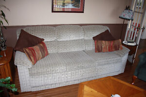 Lazy Boy Couch, Hide a Bed