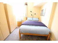 Amazing room next to Redbridge for 135pw