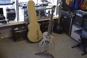 Hagstrom Deluxe D2F Electric Guitar + Hard Shell Case