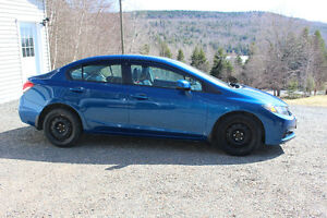 2013 Honda Civic Touring - Fully Loaded - Leather/Sunroof/Nav