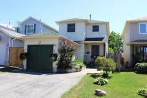 BARRIE - SOUTH END - 2-STOREY HOME FOR SALE!