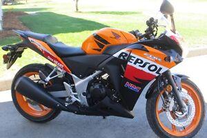 Moto Honda 250CC CBR
