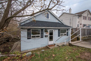 Flats in Fairview 49 &49A Evans Ave $349,900