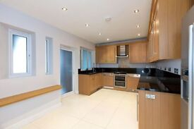3 bedroom flat in Wellington Road, St Johns Wood , NW8