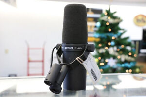 Shure SM7B Vocal Microphone (#18150)