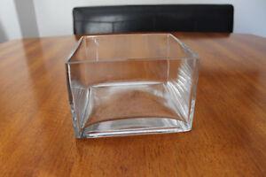 Decorative glass bowl-Square