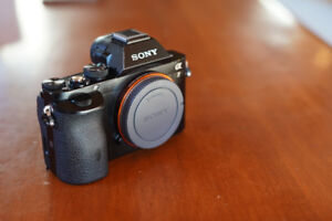 Sony A7 Full Frame Mirrorless Camera Body +2 Batteries & Charger