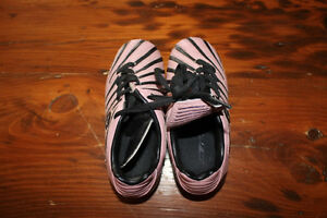 Pair of Girl's Soccer Shoes - Size 10 - Eletto London Ontario image 1