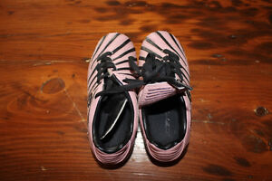 Pair of Girl's Soccer Shoes - Size 9 - Eletto London Ontario image 1