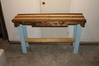 Recycled pallet wood couch table