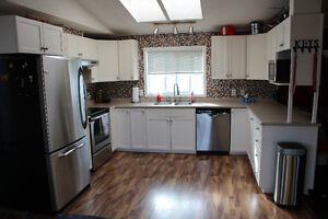 PRICED REDUCED!!!!!! Mobile Home in Sherwood Park Strathcona County Edmonton Area image 9
