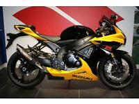 2016 SUZUKI GSX-R750 GLASS SPARKLE BLACK / MARBLE DAYTONA YELLOW