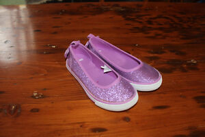 Girl's Size 11 Slip On Pink Sparkle Sneakers - Never Used
