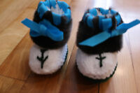 BRAND NEW Baby moccasin style slippers