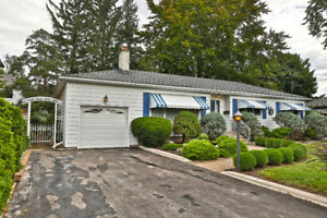 61 Floresta Court, Ancaster - Short Term Rental