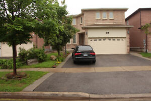 5  Bedrooms,   Detach house for rent (Single Family Only)
