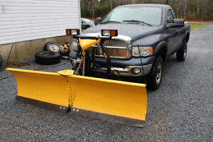 2003 Dodge ram 2500 with fisher v plow