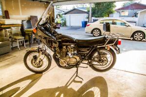1977 Kawasaki KZ1000 Motorcycle