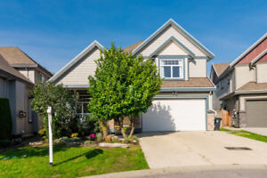 X-Large family home w/ Suite in Langley!