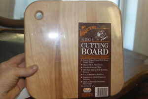 Wooden Cutting Board (new)