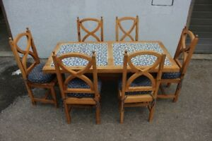 Rustic Farmhouse Pine Table with 6 Chairs $350