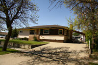 FOR SALE gorgeous Gravelbourg SK home