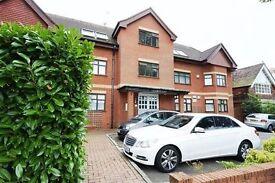 2 bedroom flat in Laxmi Court, Finchley, N31