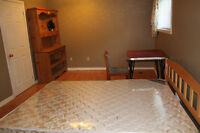 Basement Room Sublet in House Close St Clair FEMALE Student only